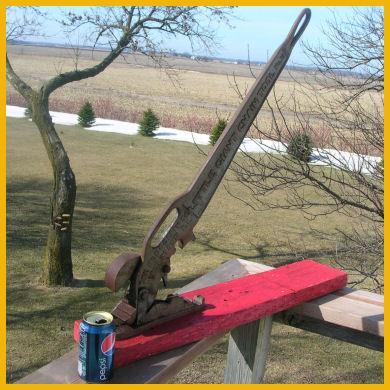 antique vintage wrought cast iron Little Giant Chain Tool blacksmith excellent original